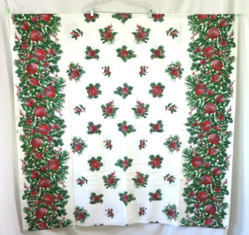 """Vtg Spring Mills Christmas Green Red Tablecloth Screen Printed Pine 52"""" x 102"""""""