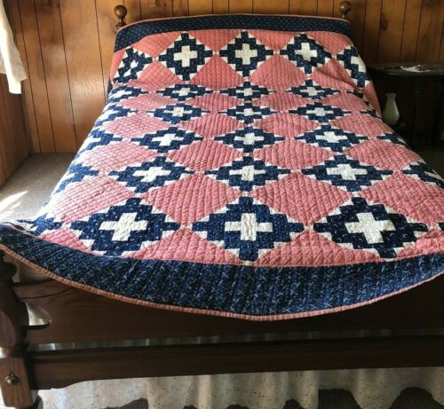 ANTIQUE BLUE AND RED PATCHWORKQUILT IN AMAZING CONDITION