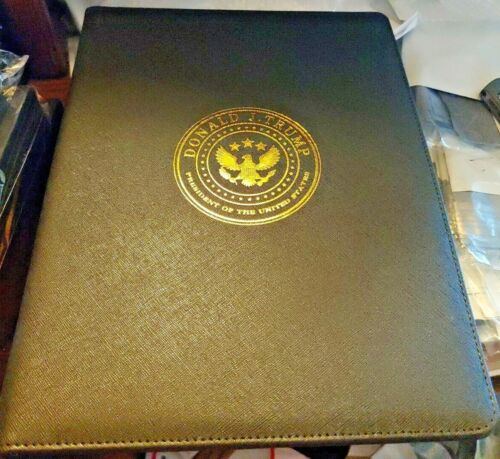 Donald Trump Presidential Seal Padfolio Black with Signature (reproduced)