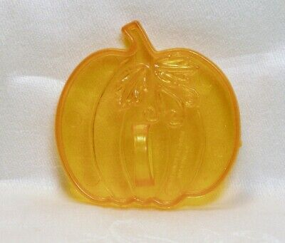 Amscan Vintage Plastic Cookie Cutter - Pumpkin Halloween Harvest Thanksgiving