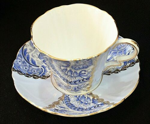Royal Standard BLUE PAISLEY PANELED Tea Cup and Saucer Bone China England 1797