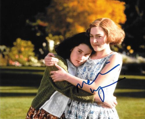 * MELANIE LYNSKEY * signed  8x10 photo * HEAVENLY CREATURES * 2
