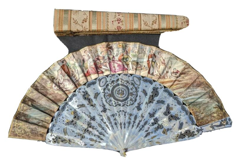 Antique French Victorian Pierced Mother of Pearl W/Gilt Hand Fan in Original Box