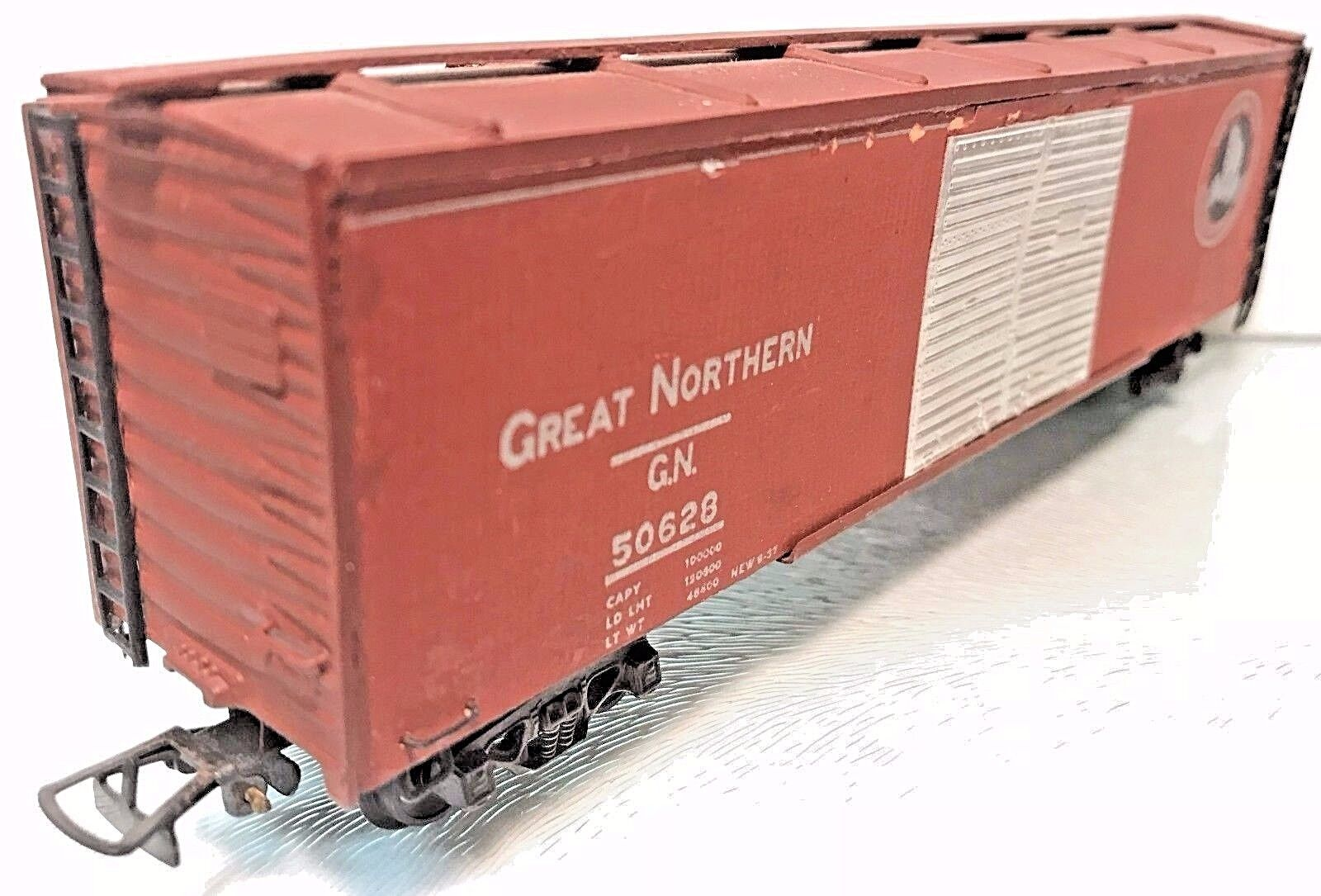Great northern 50 39 double door auto box car embosed varney for 4 box auto