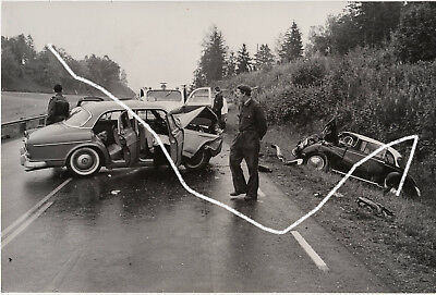 24x16 Foto 1962 Unfall Volvo Amazon DKW F93 wie Arnold Odermatt Polizei photo 24 X 16 Foto