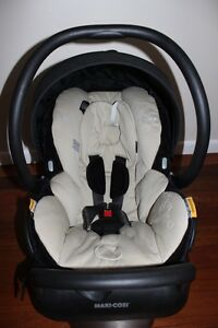 Maxi Cosi mico air capsule Banora Point Tweed Heads Area Preview