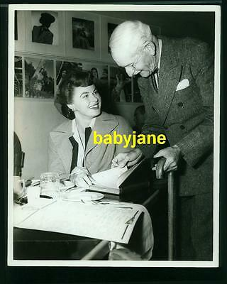 INGRID BERGMAN VINTAGE 8X10 PHOTO 1945 W/ AUTOGRAPH COLLECTER WILLIAM -