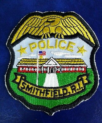 SMITHFIELD, RHODE ISLAND POLICE SHOULDER PATCH RI