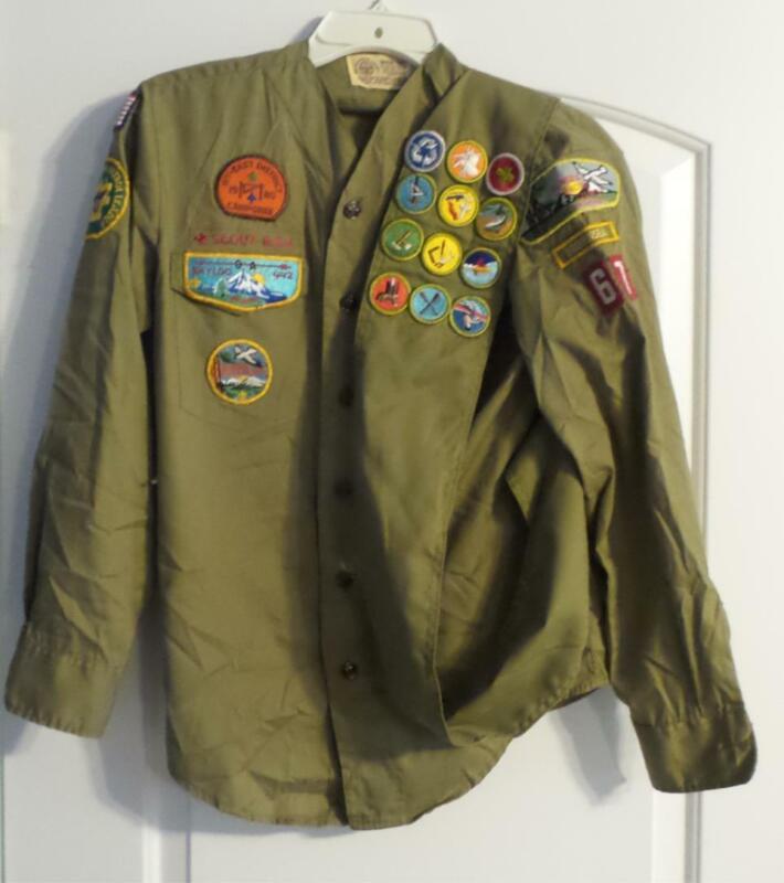 Boy Scouts America BSA 1980 Vintage Uniform Long Sleeve Many Patches + Sash