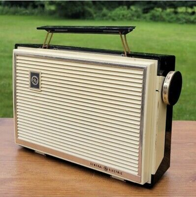 1958 General Electric Portable AM Radio