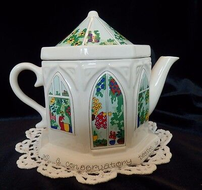 ENGLISH LIFE TEAPOT WADE ENGLAND A CONSERVATORY TEAPOT PORCELAIN REALLY CUTE for sale  Plainville