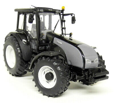 Used, UH 1/32 Scale - 2742 Valtra T Black Diamond Diecast model Farm Tractor for sale  Shipping to Ireland