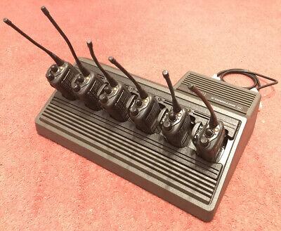 X6 Motorola GP680 Radio MDH25RDH9CK6AE 403-470MHZ Walkie Talkies + 6way Charger
