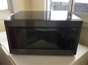 LG stainless steel front w black stainless **2.0 cu.ft.**