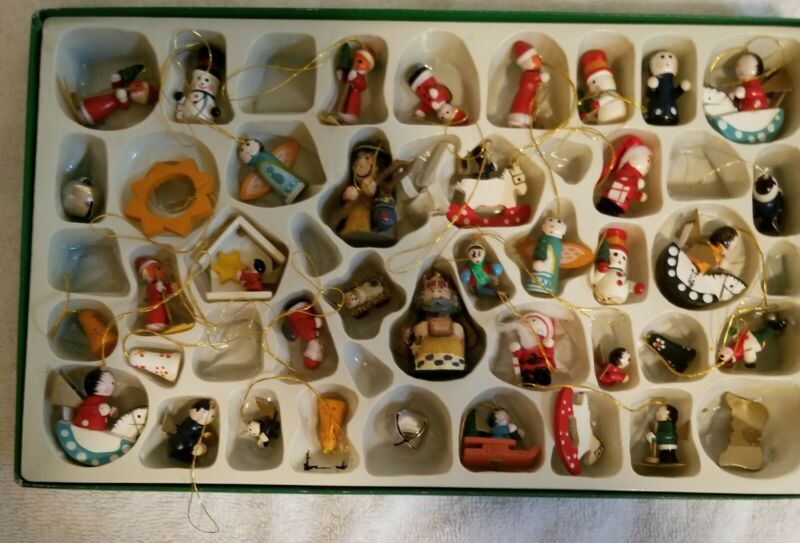 Miniature Christmas Tree Ornaments (39) Nice