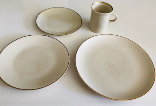 National Airlines - Gold Band 4-Piece Place Setting