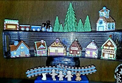 Miniature 24-Piece Ceramic Gingerbread Man Family Christmas Village & Train Set