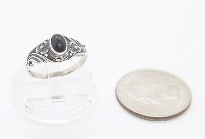 Bezel Set Black Onyx Style .925 Sterling Silver Flower Accented Ring ... (Black Onyx Circle Ring)