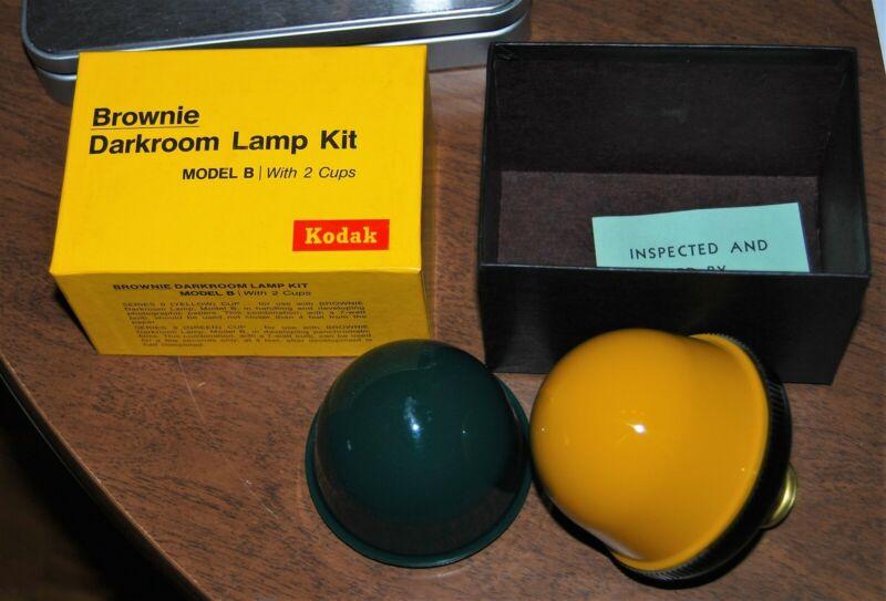 Kodak Brownie Darkroom Lamp Kit Model B in box - green & yellow hoods