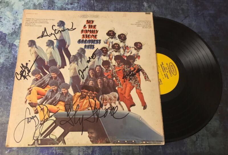 GFA Rare Band x7 * SLY AND THE FAMILY STONE * Signed Vinyl Record Album AD5 COA
