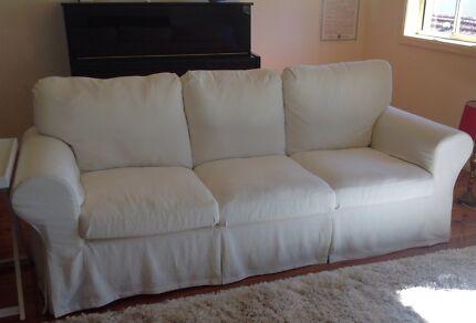3 seater creme sofa Sylvania Sutherland Area Preview