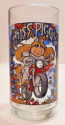 Vintage Miss Piggy Great Muppet Caper 1981 McDonald's Glass Tumbler