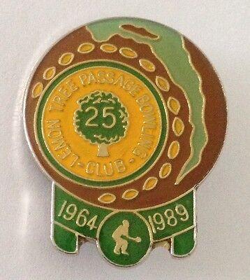 Lemon Tree Passage 25Th Anniversary Bowling Club Badge Rare Vintage  K3