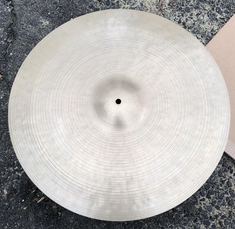 "Vintage Zildjian 18"" Istanbul Cymbal 1750 grams"