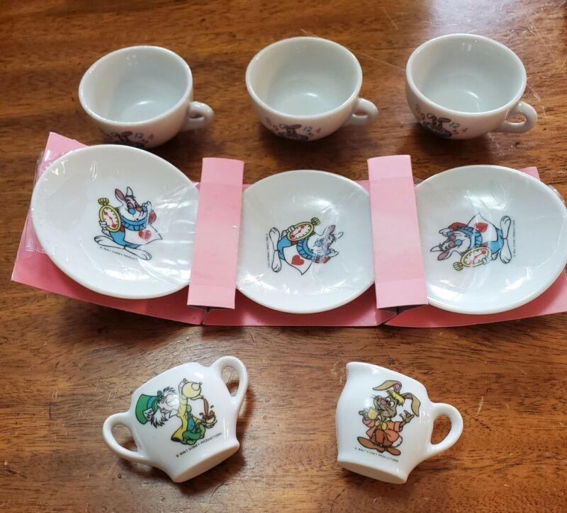 Vintage RARE WALT DISNEY'S ALICE IN WONDERLAND TOY CHINA TEA SET Japan