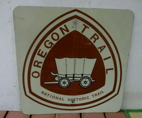 "Vintage Original OREGON TRAIL NATIONAL  HISTORIC TRAIL Sign  24"" x 24"""