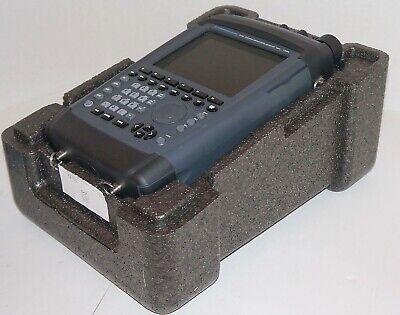 Rohde Schwarz Pr100 Portable Receiver 9 Khz To 7.5 Ghz Mint