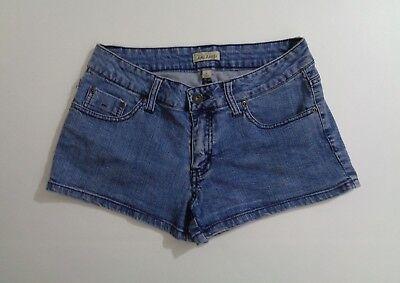 Be Bop Women's Jr Booty Jean Shorts Light Blue Denim Casual Fashion Size 5 o