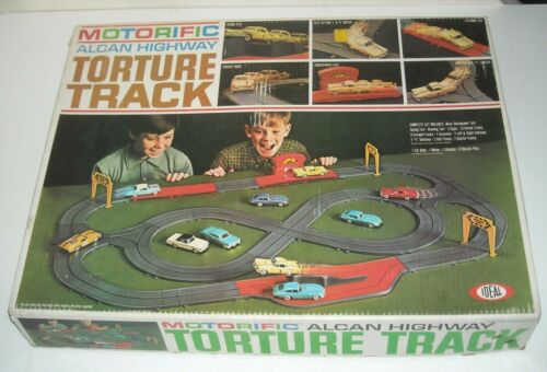 1966 IDEAL TOYS MOTORIFIC ALCAN HIGHWAY TORTURE TRACK RACING SET COMPLETE in BOX