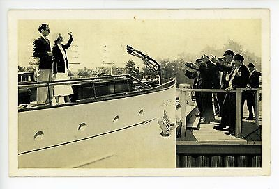 Lavoris Aces—Antique Advertising PC Couple Departing on Yacht Boat 1932