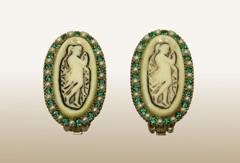 Beautiful Vintage Cameo & Green Rhinestons Clip Earrings