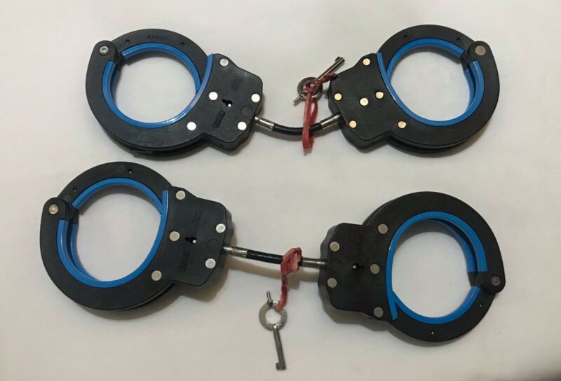 Ultra RARE TriLock CB-1001 Cable Handcuff Restraint - Mint