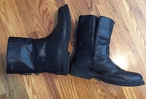 London fog leather boots like new size 10.5