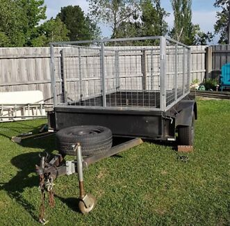 Hire/Rent Trailer 8*5 large caged trailer