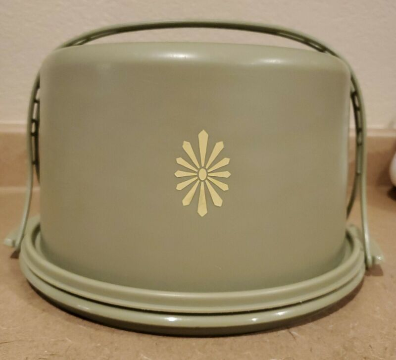 Vintage Tupperware Avocado Green Cake Taker Keeper Carrier - Excellent!