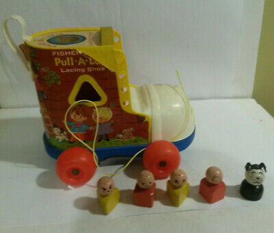 Fisher Price vintage #146 Pull a Long Lacing shoe complete w Little People 1970s
