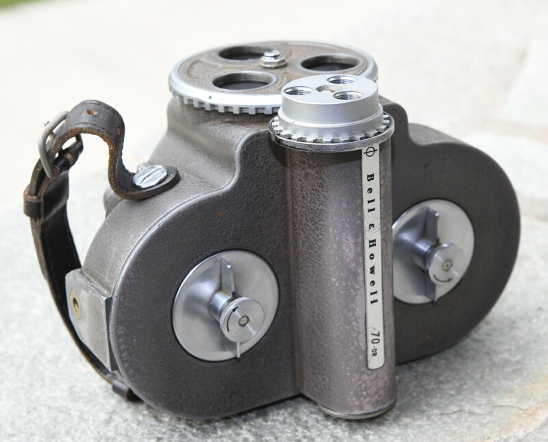 Bell & Howell 16mm Filmo 70-DR, case, filters - Runs, sold As Is. Free Shipping.
