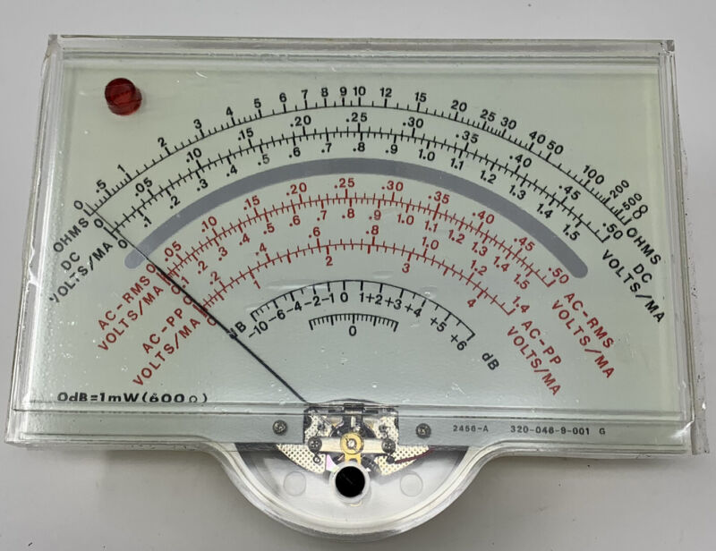 BK PROFESSIONAL DYNASCAN  MODEL 290 analog Voltmeter 4x6 display
