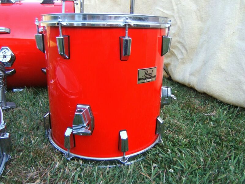 Pearl World Series Floor Tom in Red with Hardware 14x14 inch Good Condition