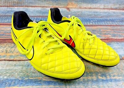 Nike Youth Size 4.5 Tiempo Rio II Soccer Cleats Volt Yellow