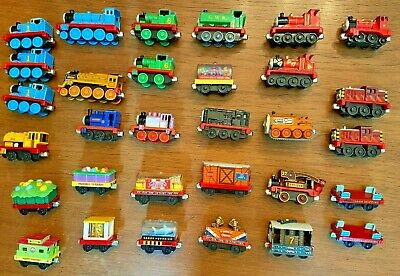 LOT OF 31 THOMAS THE TANK MAGNETIC TRAIN VARIOUS ENGINES CARS FOR WOODEN TRACK