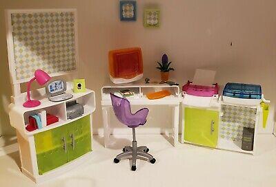 Barbie Furniture/ Diorama Set Computer Desk Laptop Office Chair + accessories