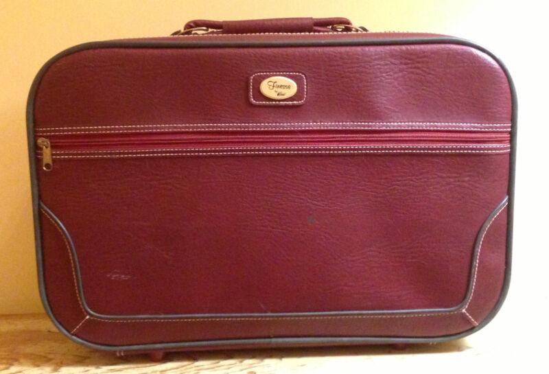 Vtg Verdi FINESSE Burgundy Suitcase Travel Luggage Bag Shoulder Strap 20 x13 EXC