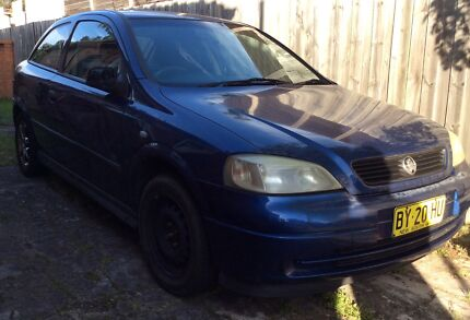 HOLDEN ASTRA COUPE 2002 MANUAL ... Icy cold air conditioning  Rockdale Rockdale Area Preview
