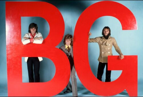 THE BEE GEES - MUSIC PHOTO #E-105