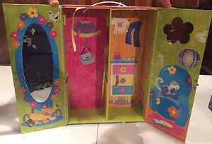 GROOVY GIRLS carrying case & play set West Island Greater Montréal image 2